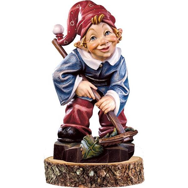 Gnome farmer on pedestal